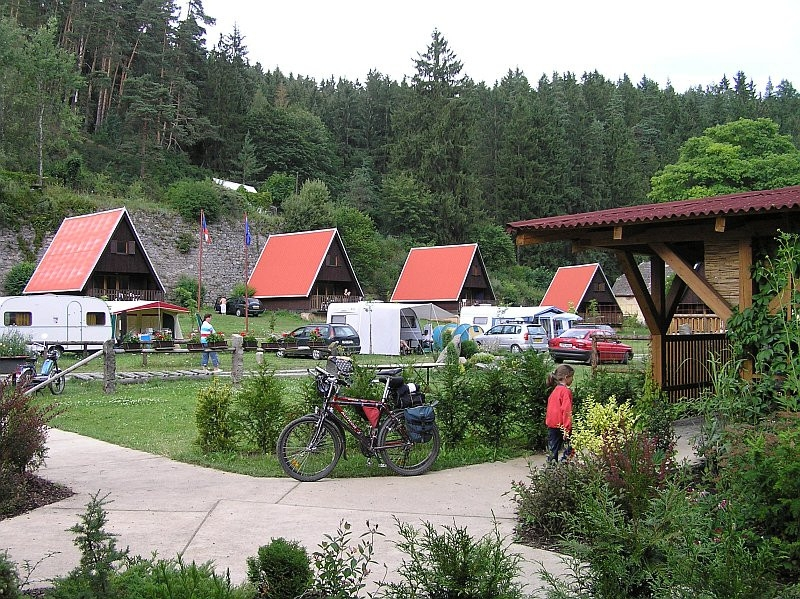 Hütten im Lager